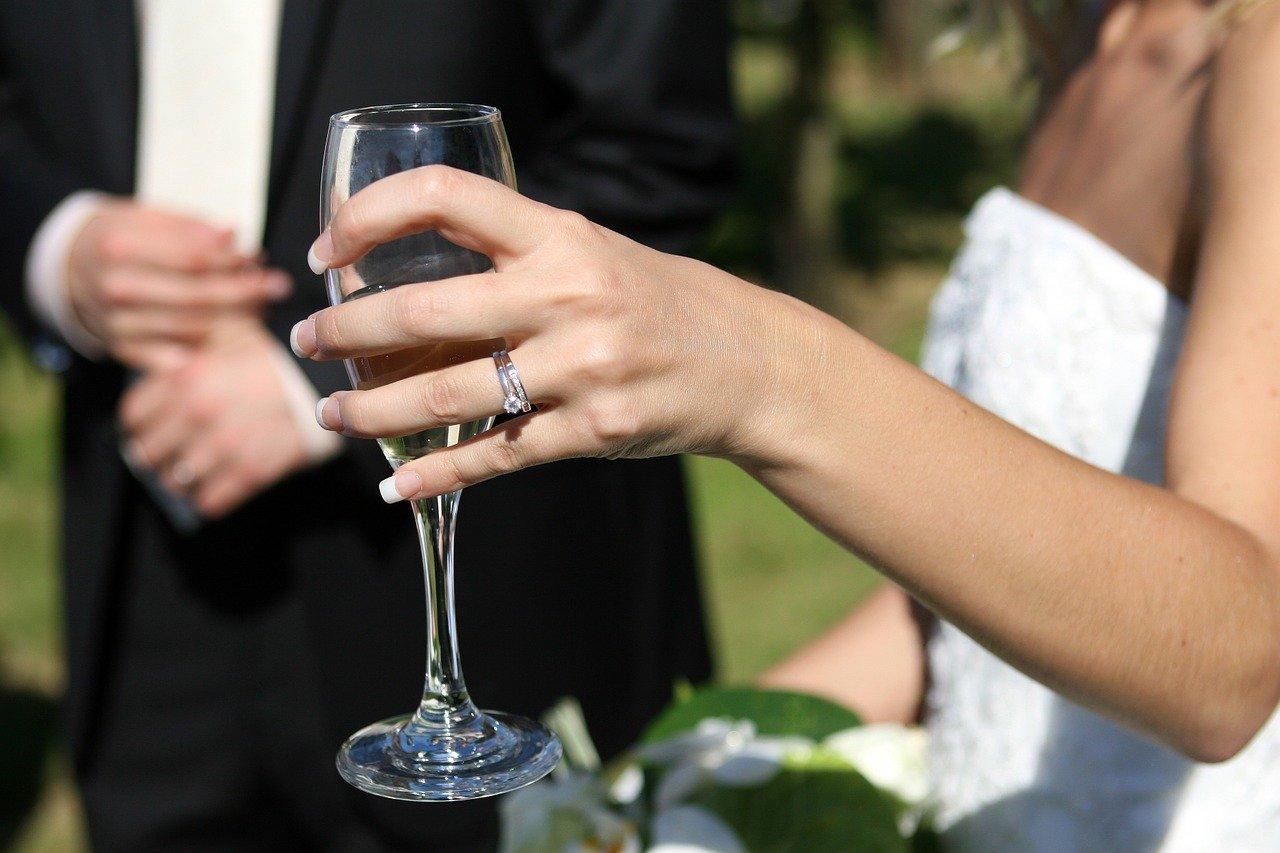 Sektempfang zur Hochzeitsfeier