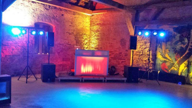 DJ WAM DJ-Paket für Firmenfeier-Standard