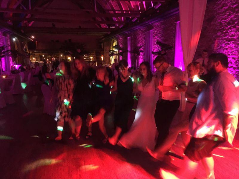 Feiern-mit-Hochzeits-DJ-WAM-zu-Moskau